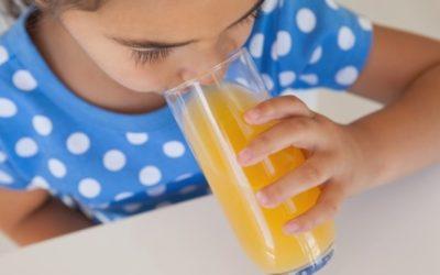 Zumos de fruta: Una dulce tentación en la nutrición infantil