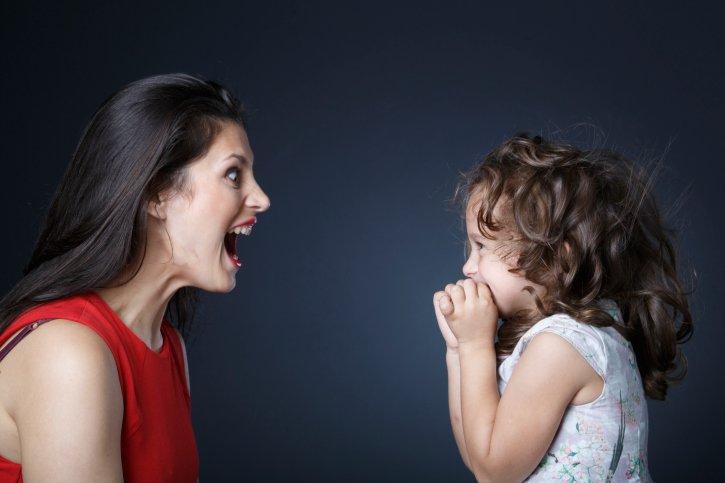 ¿Pierdes los papeles intentando educar a tus hijos?