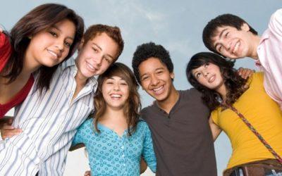 Los adolescentes y las diversas maneras que tienen para mantener sus relaciones interpersonales